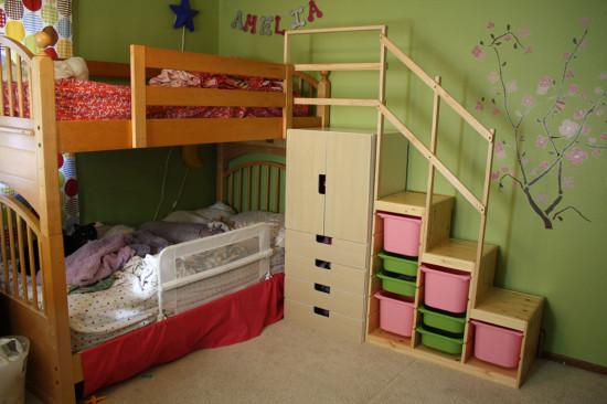 Stuvaとtrofastを2段ベッドの階段に Briisa